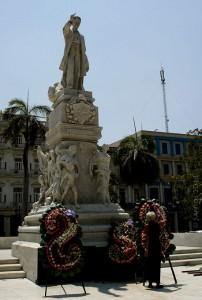 Recuerdan a Martí en el Centro Histórico habanero